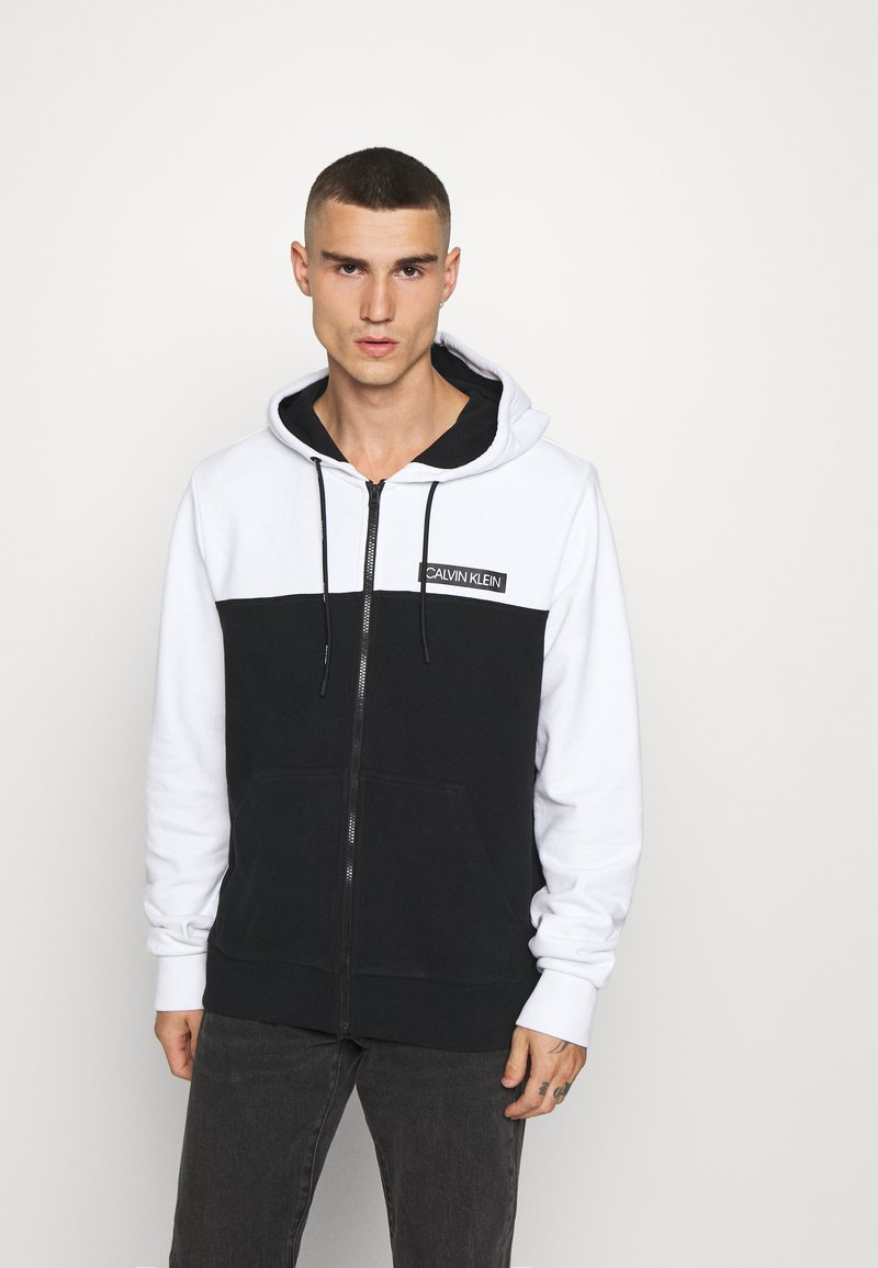 Calvin Klein - COLOR BLOCK ZIP THROUGH HOODIE - Sudadera con cremallera - black/white