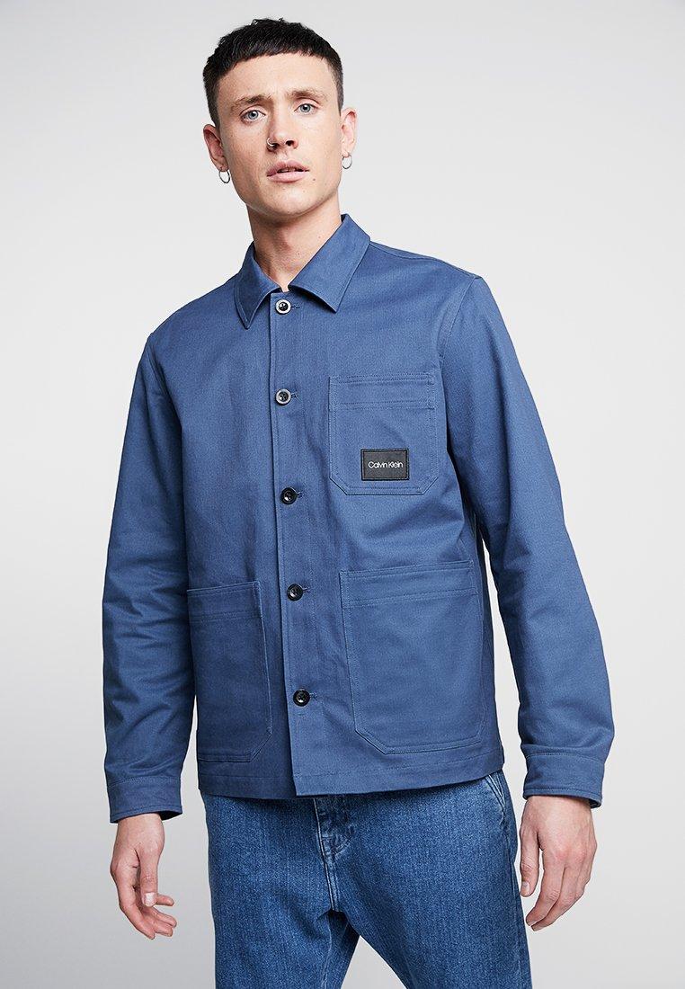 Calvin Klein - WORKWEAR JACKET - Lehká bunda - blue