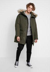Calvin Klein - LONG LENGTH PREMIUM  - Veste d'hiver - green - 1