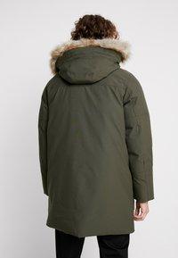 Calvin Klein - LONG LENGTH PREMIUM  - Veste d'hiver - green - 2