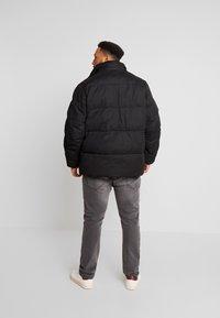 Calvin Klein - MID LENGTH - Winterjacke - black - 3