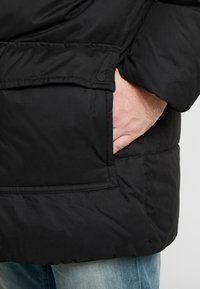 Calvin Klein - Zimní kabát - black - 5