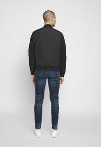 Calvin Klein - THERMAL QUILTED BLOUSON - Bomberjacks - black - 2
