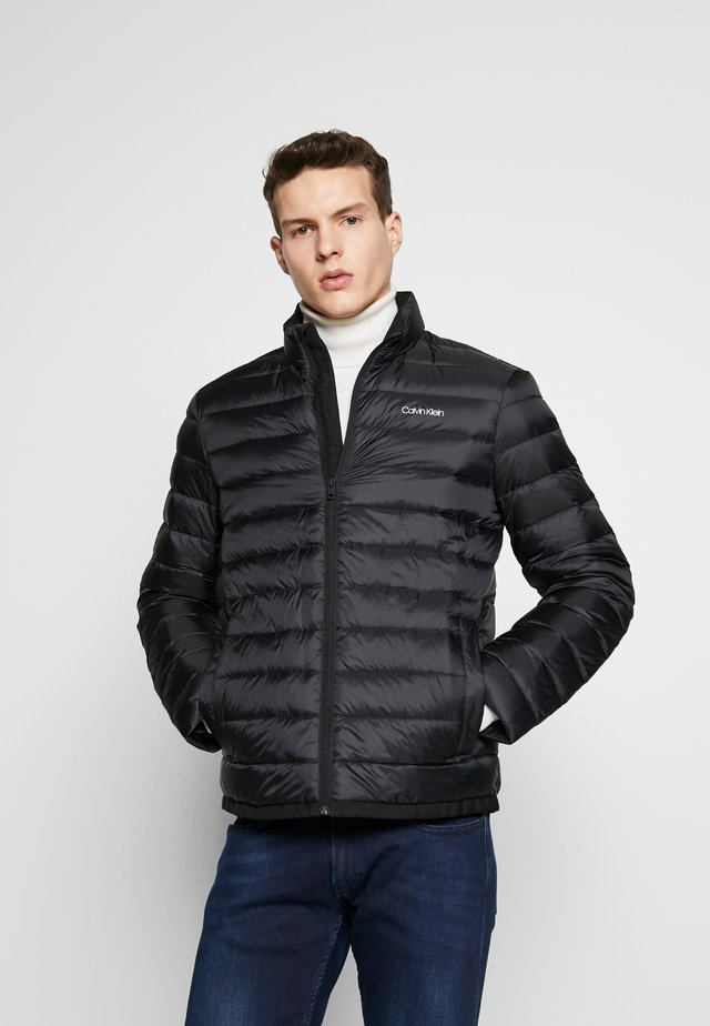 LIGHT LINER - Down jacket - black