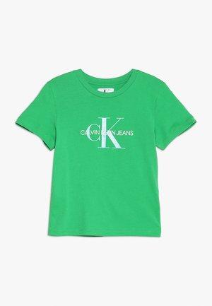 MONOGRAM LOGO REGULAR FIT TEE - Camiseta estampada - green