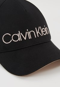 Calvin Klein - Kšiltovka - black - 5