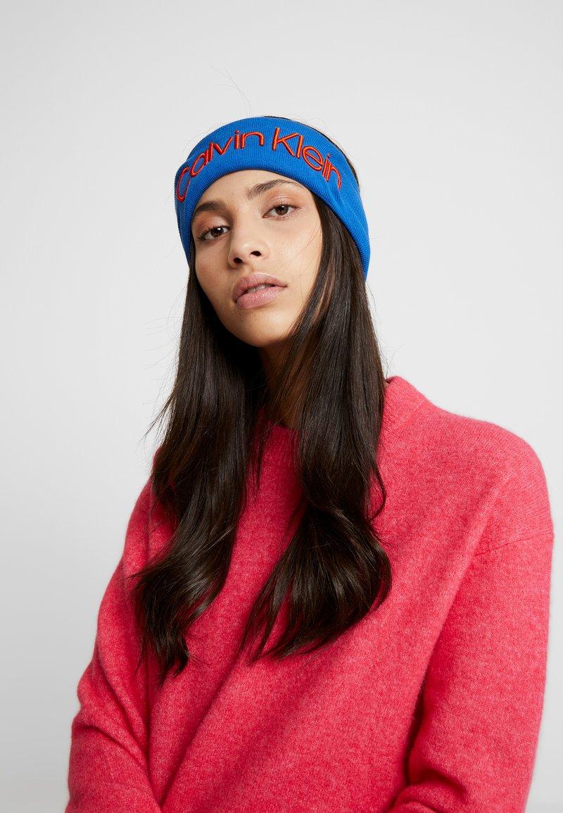 Calvin Klein - INDUSTRIAL MONO HEADBAND - Oorwarmers - blue