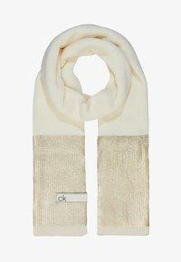 Calvin Klein - LAMINA GIFTBOX  SCARF BEANIE SET - Écharpe - white - 1