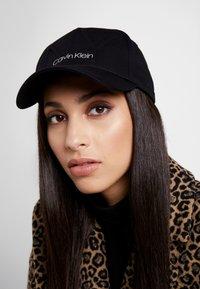Calvin Klein - Caps - black - 1
