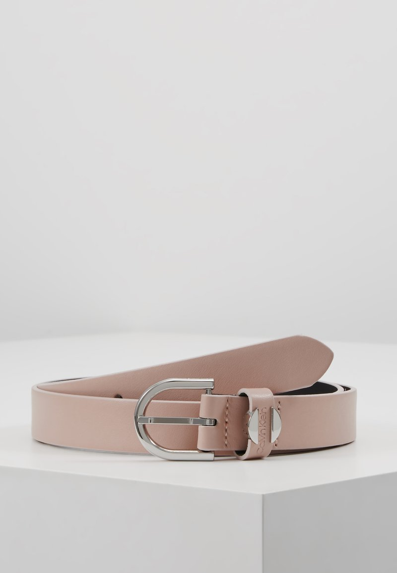 Calvin Klein - FEMININE BELT - Gürtel - pink