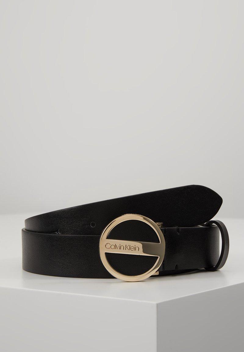 Calvin Klein - ROUND BUCKLE BELT - Riem - black