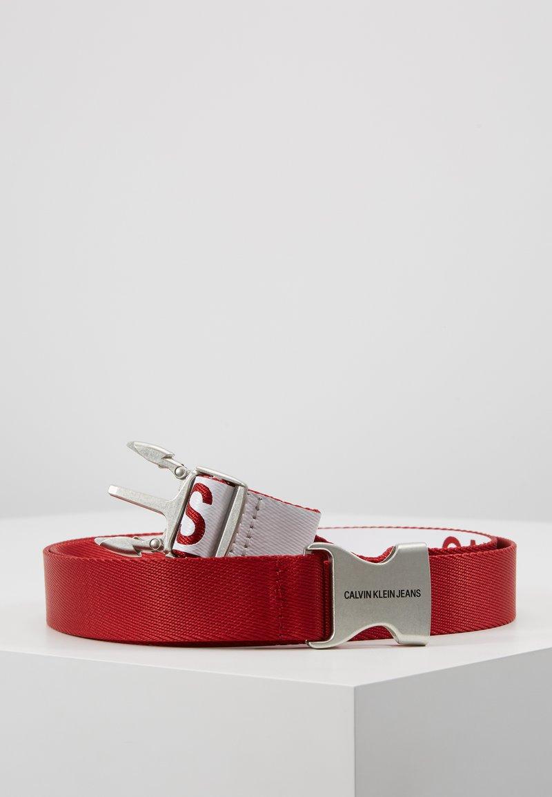 Calvin Klein Jeans - PLAQUE BELT - Belt - red