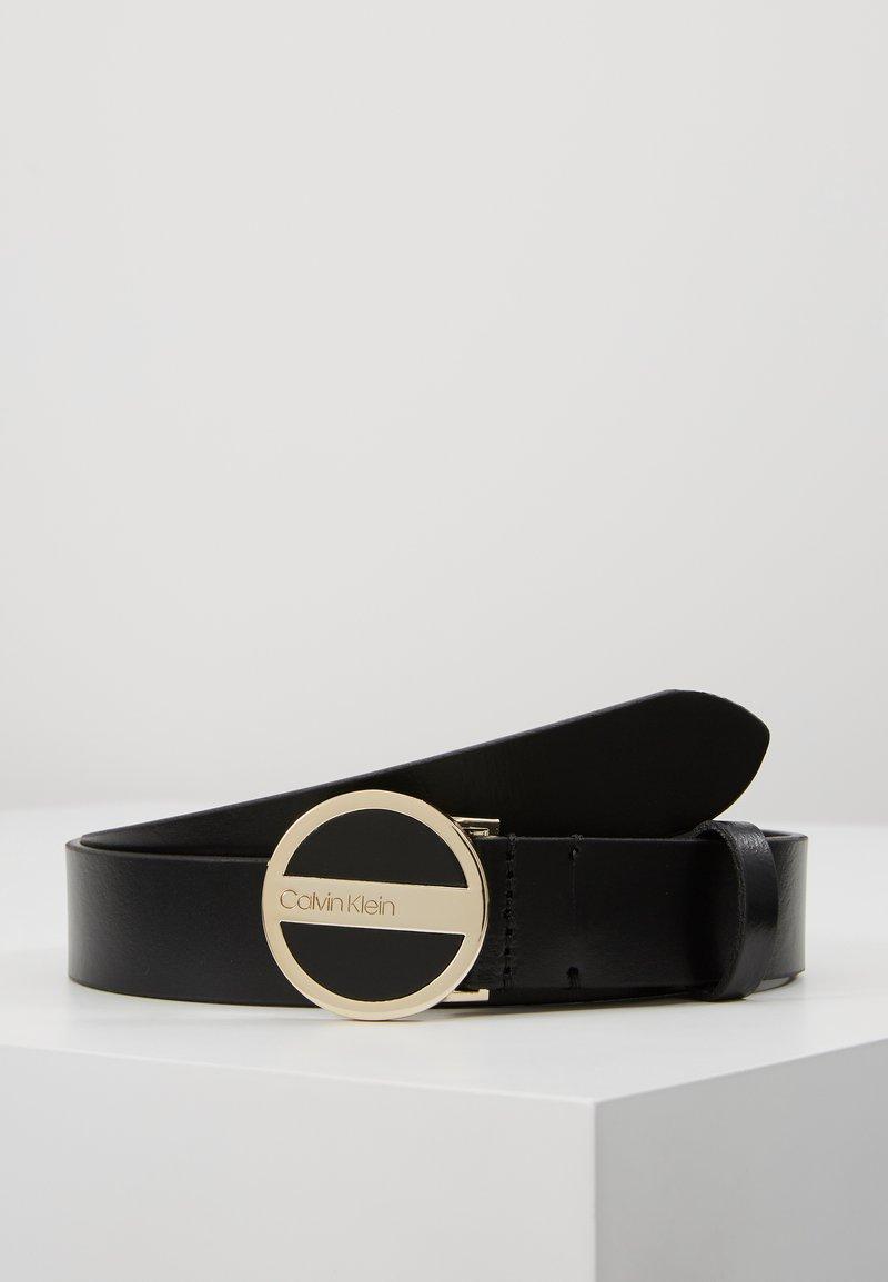 Calvin Klein - ROUND BUCKLE BELT - Gürtel - black