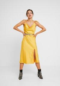 Calvin Klein - WINGED BELT - Belt - beige - 1