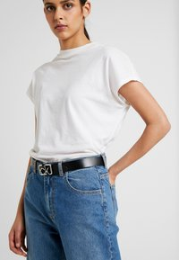Calvin Klein - SIGNATURE BELT - Belt - black - 1
