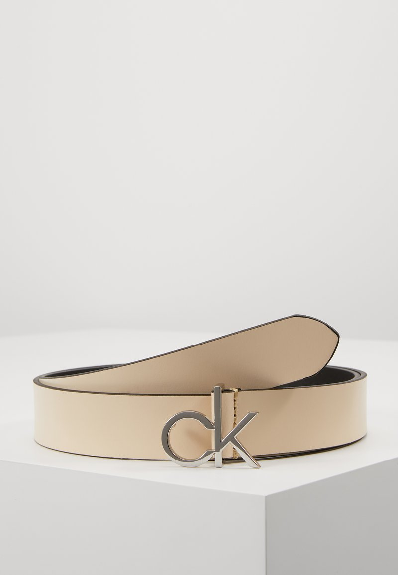 Calvin Klein - RE LOCK LOW  FIXED - Pásek - off-white