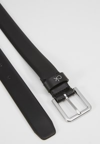 Calvin Klein - ESSENTIAL BELT - Belt - black - 2