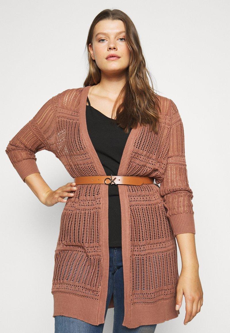 Calvin Klein - LOGO BELT - Cintura - brown
