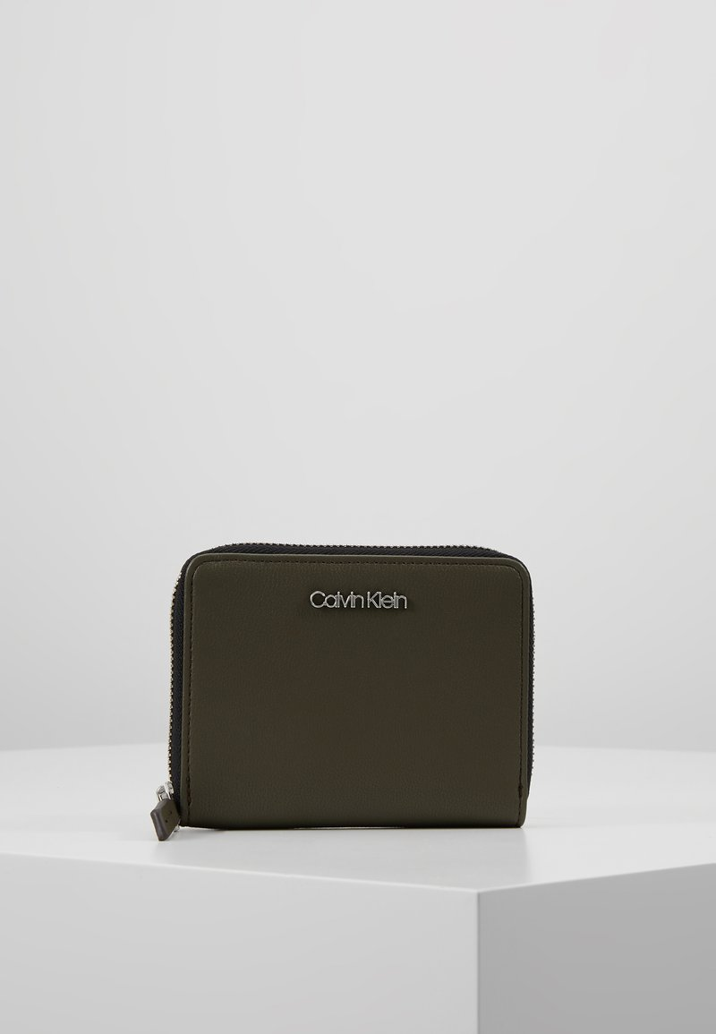 Calvin Klein - ASSORTED WALLET - Portfel - green