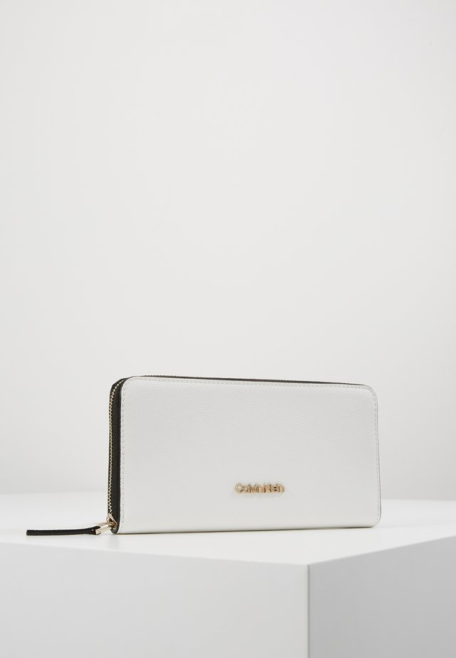 MUST ZIPAROUND WALLET - Wallet - white