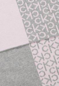 Calvin Klein - INDUSTRIAL MONO SCARF - Šála - pink - 2