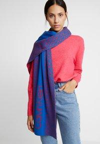 Calvin Klein - INDUSTRIAL MONO SCARF - Sjaal - blue - 0