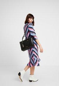 Calvin Klein - AVANT SMALL TOTE - Handbag - black - 1