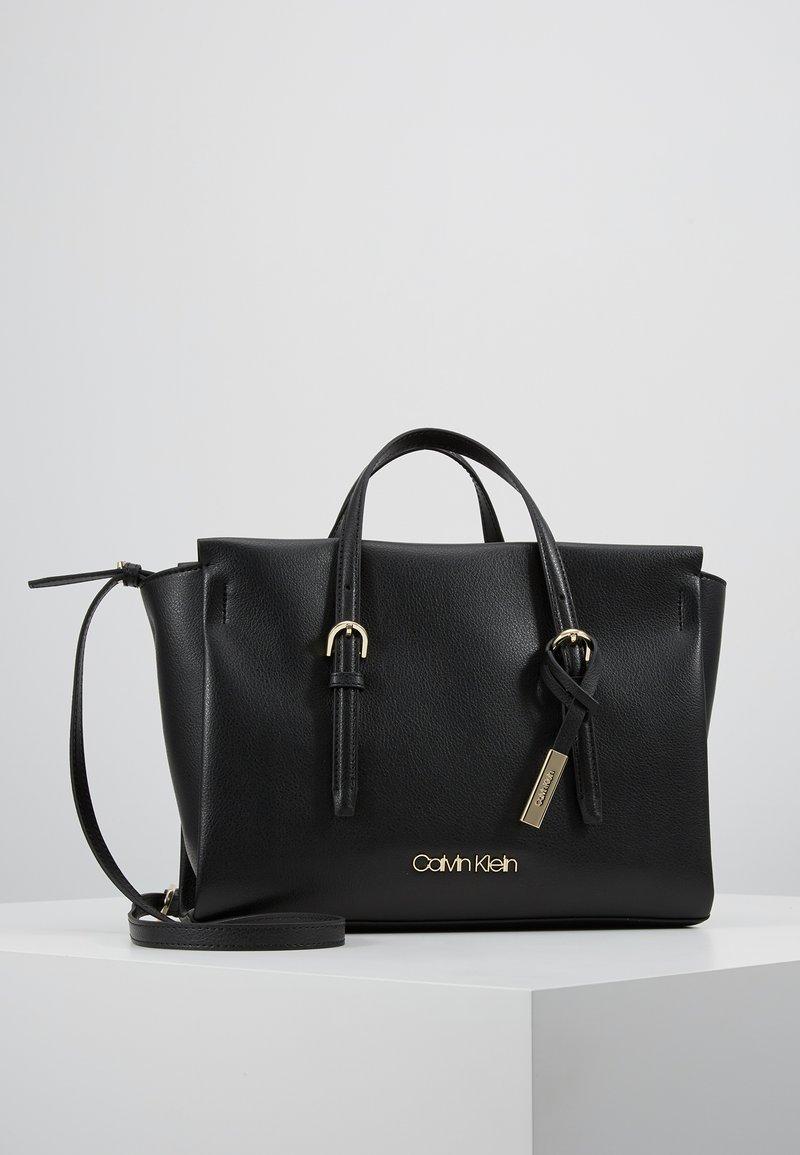 Calvin Klein - AVANT SMALL TOTE - Sac à main - black