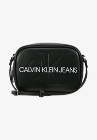 Calvin Klein Jeans - SCULPTED MONOGRAM CAMERA BAG - Umhängetasche - black - 5