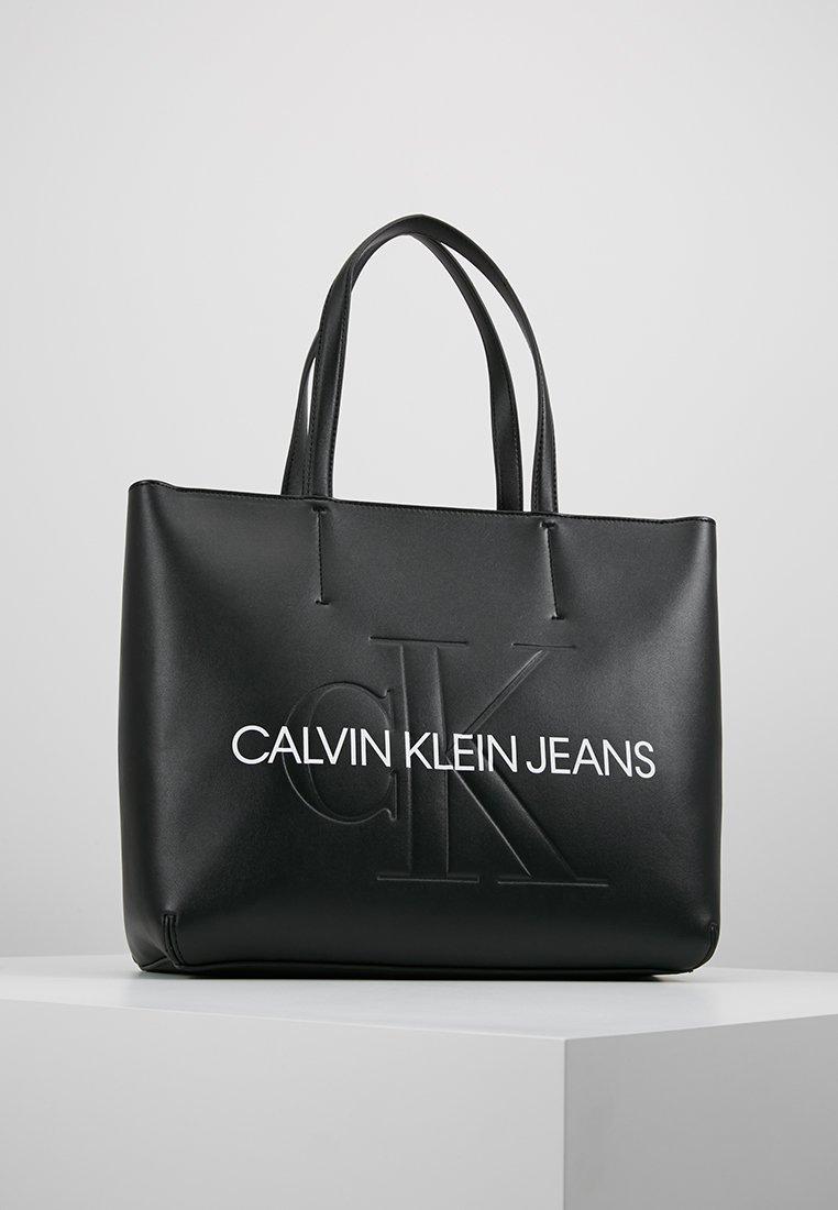 Calvin Klein Jeans - SCULPTED MONOGRAM - Shopping Bag - black