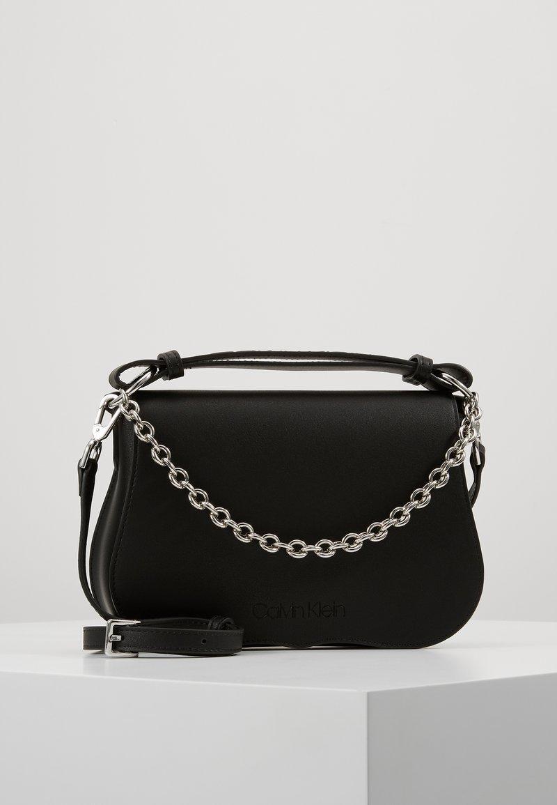 Calvin Klein - AMERICANA SHOULDER - Handtas - black