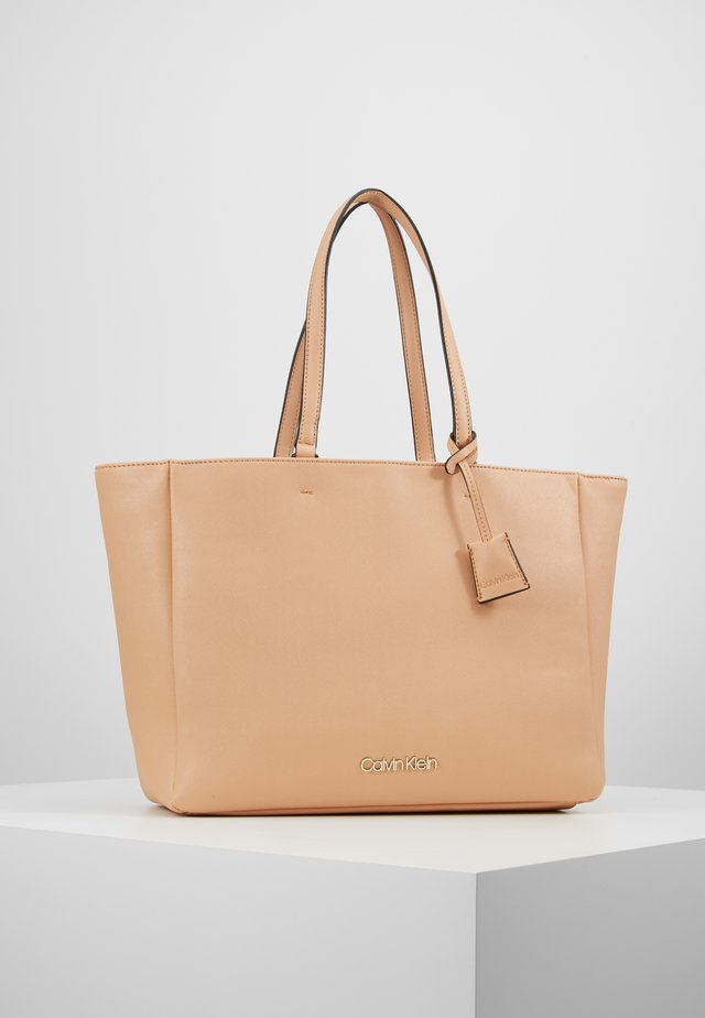 TASK - Shopping Bag - brown