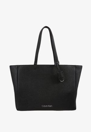 TASK - Shopper - black