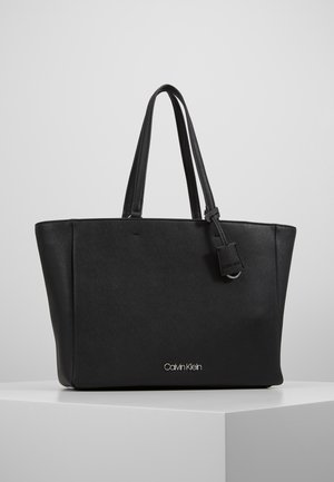 TASK - Shopper - black