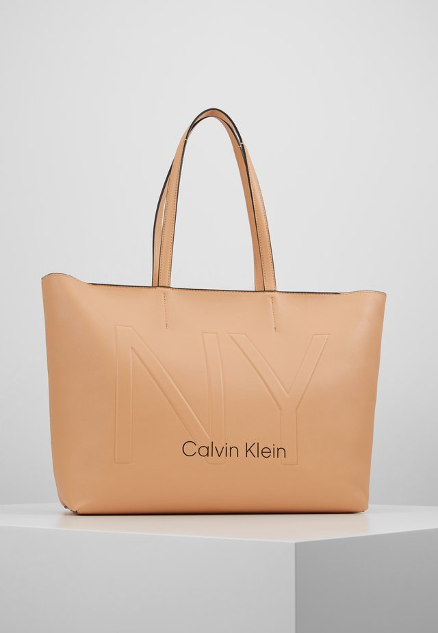 MUST - Shopping Bag - brown