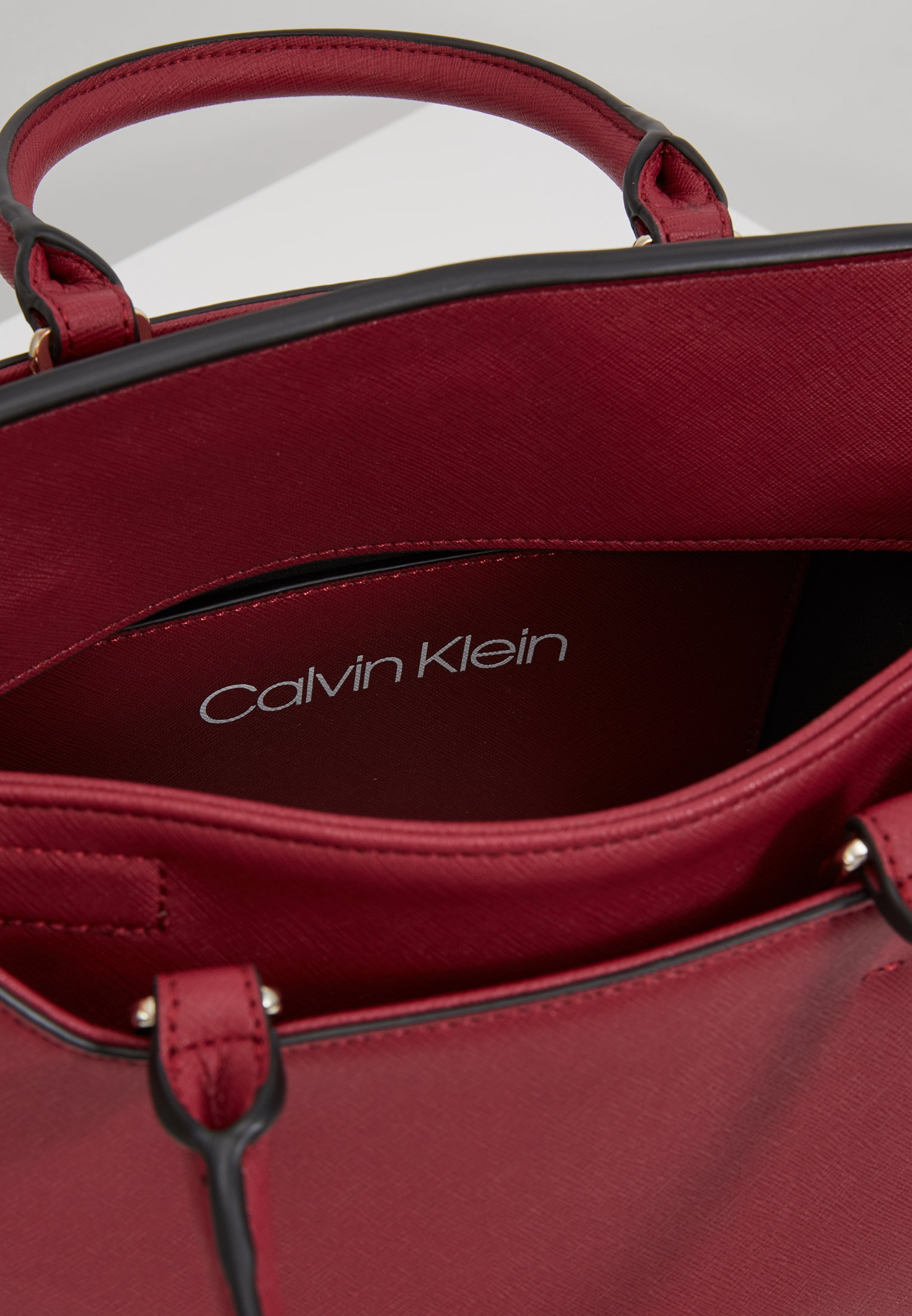 Calvin Klein Task Tote - Handtasche Red Black Friday