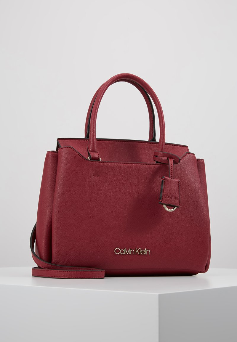 Calvin Klein - TASK TOTE - Torebka - red