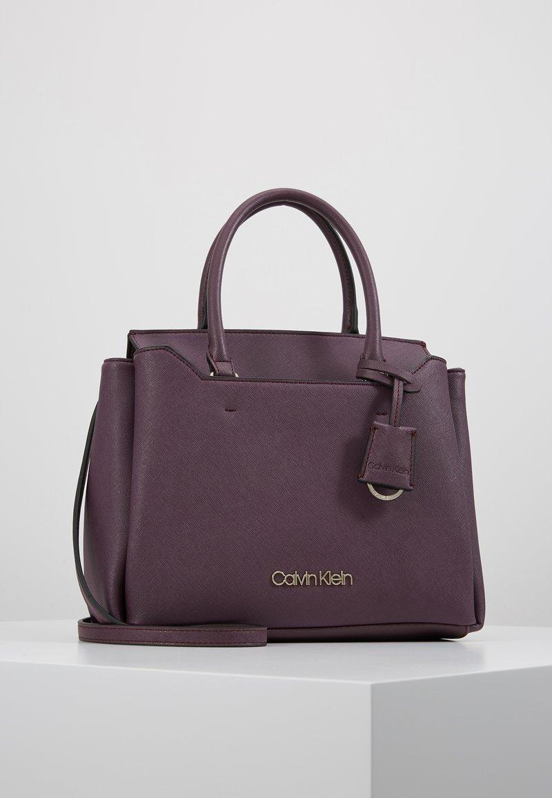 Calvin Klein - TASK TOTE - Kabelka - mauve