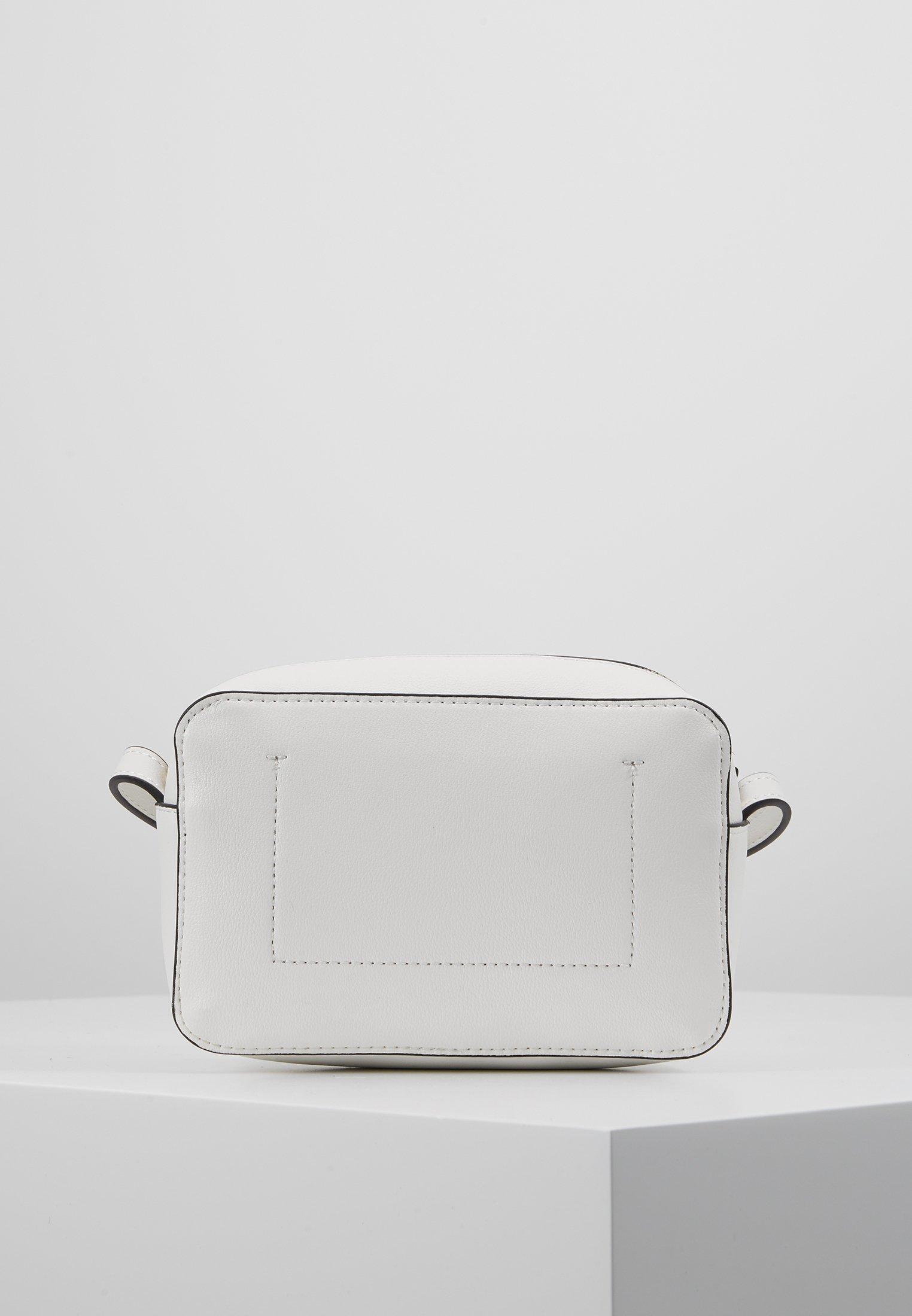 Calvin Klein Must Camerabag - Axelremsväska White