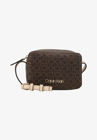 Calvin Klein - MONO CAMERABAG - Taška spříčným popruhem - brown - 5