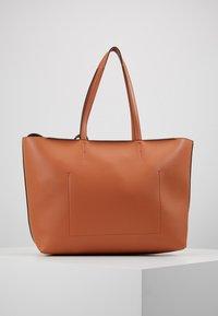 Calvin Klein - Handtasche - brown - 3