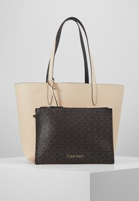 Calvin Klein - MONO  SET - Håndtasker - brown - 6
