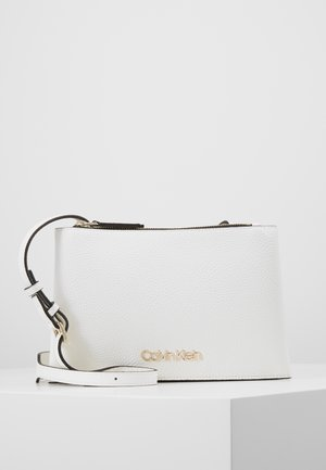 SIDED TRIO CROSSBODY - Schoudertas - white