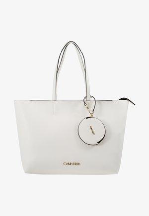 MUST SET - Shoppingveske - white