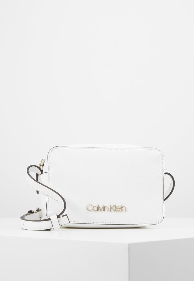 MUST CAMERABAG - Bandolera - white