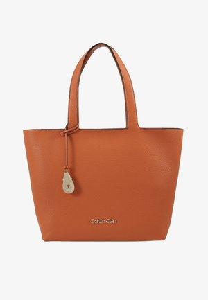 NEAT - Handväska - brown