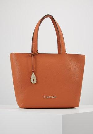 NEAT - Handtasche - brown