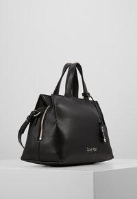 Calvin Klein - NEAT TOTE - Håndveske - black - 4