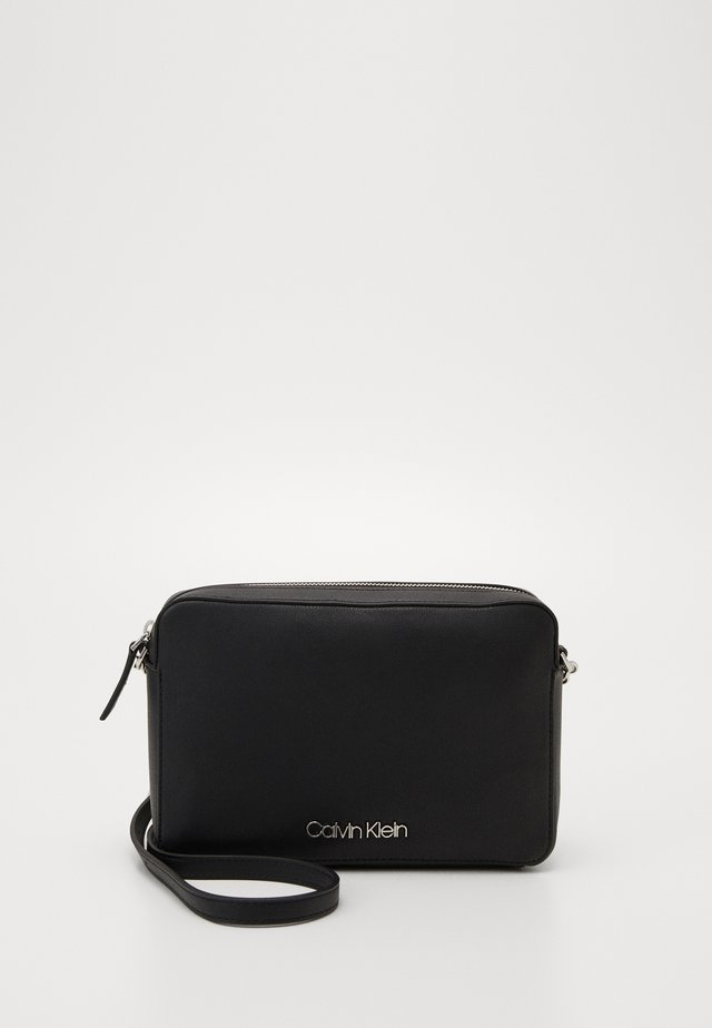 MUST CROSSBODY - Schoudertas - black