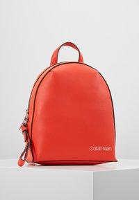 Calvin Klein - STRIDE BACKPACK - Rygsække - orange - 0